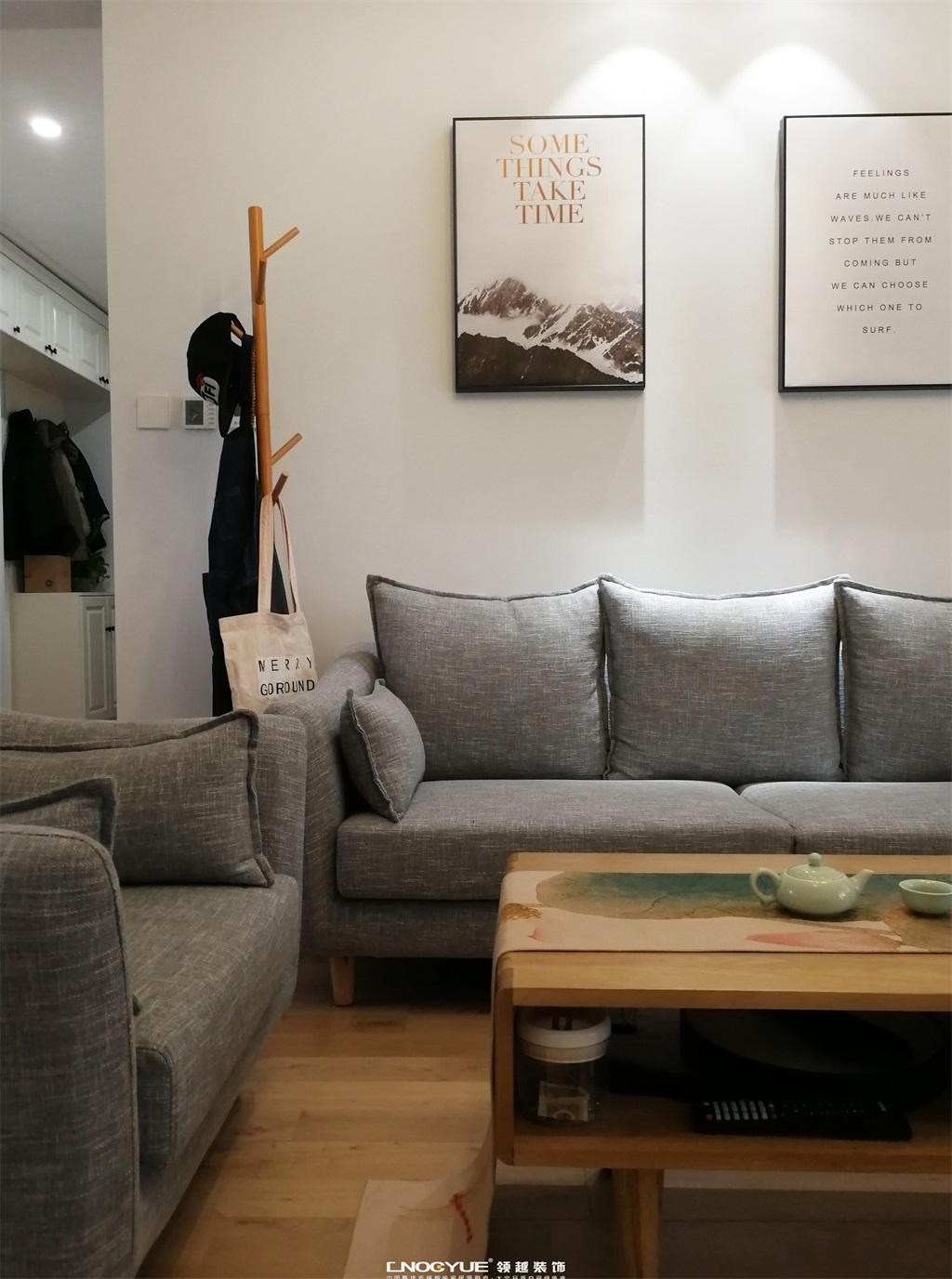 北欧 原木风 三居 客厅图片来自河北领越装饰在北欧原木风实景效果的分享