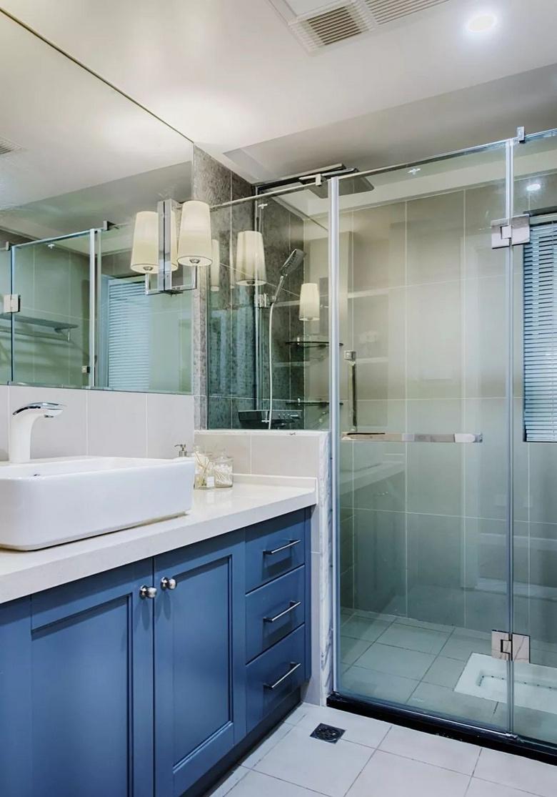 卫生间图片来自家装大管家在105平粉色简约3居 时尚小资范儿的分享