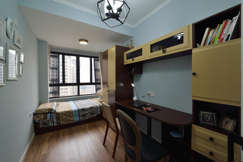 美式 三居 大户型 跃层 复式 白领 80后 小资 儿童房图片来自高度国际姚吉智在156平米美式家居的浪漫生活的分享