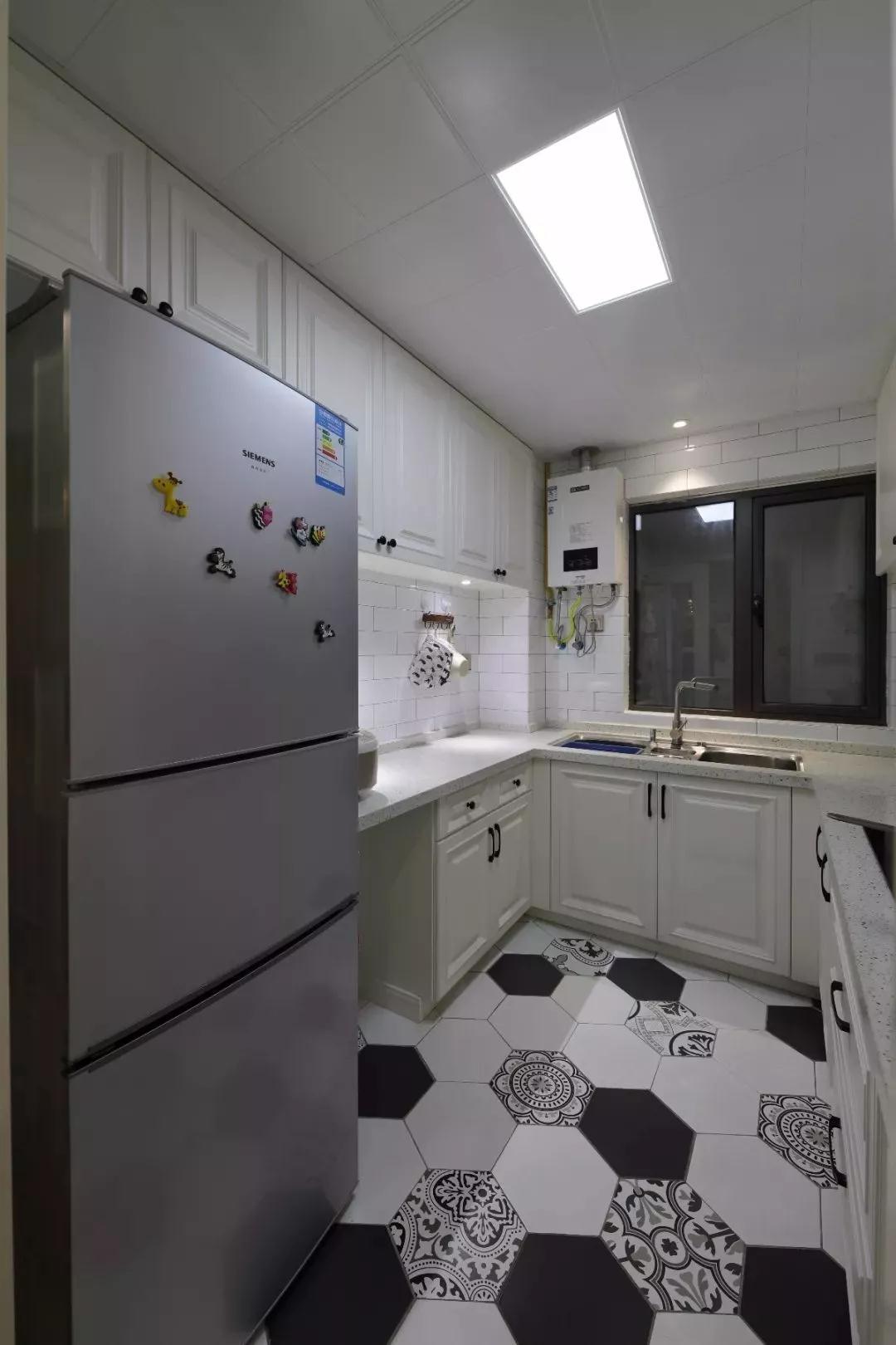 混搭 北欧 厨房图片来自重庆装修优家馆装饰官网在89㎡北欧混搭,实用与时尚的结合的分享