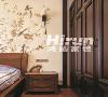 文士雅风主题的造型柜门,造型简约的中式木质线条。