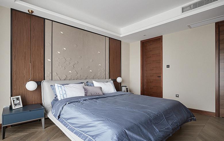 卧室图片来自家装大管家在110平港式温暖3居 感觉如沐春风的分享