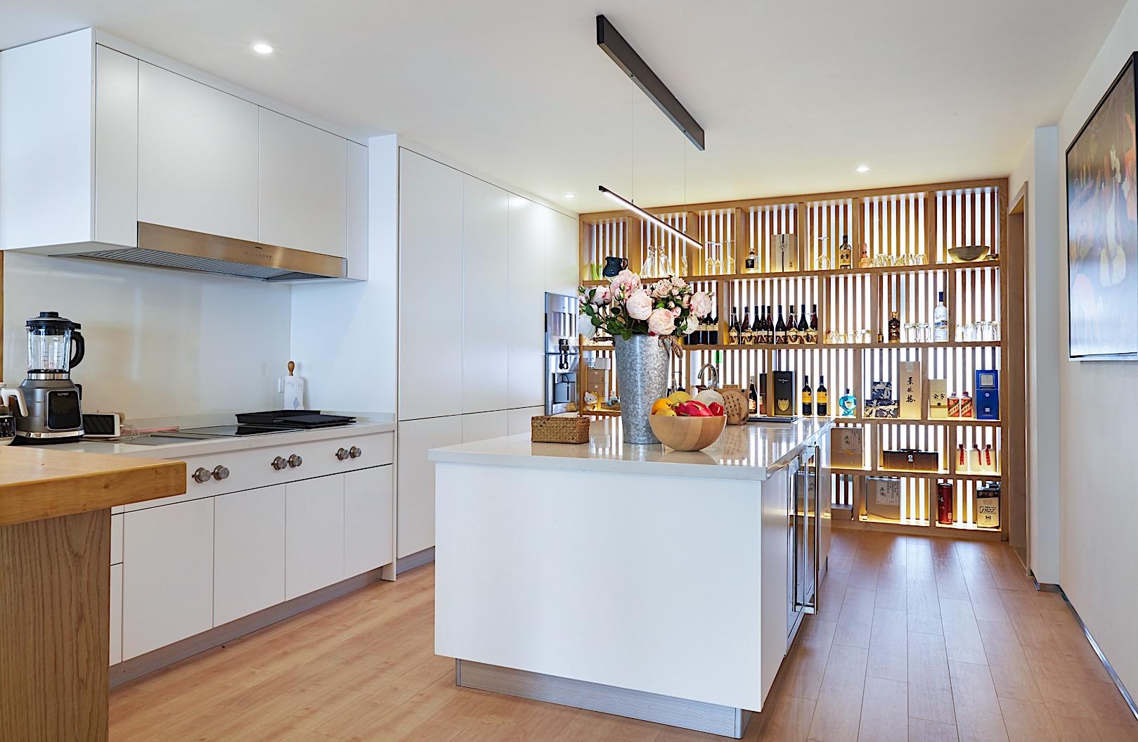 徐汇豪宅 中凯城市 大平层装修 现代风格 书房图片来自孔继民在徐汇中凯城市之光450平大平层的分享