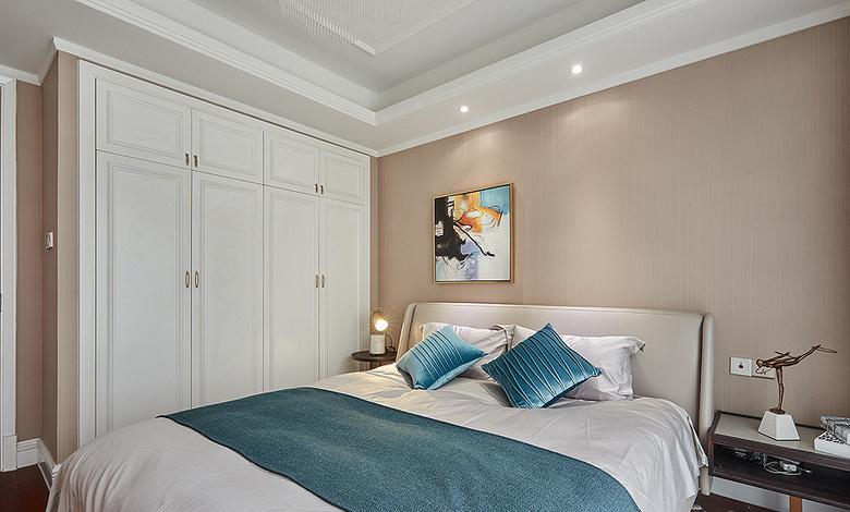 卧室图片来自家装大管家在89平现代简约空间 暖色调时尚风的分享