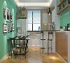 餐厅的墙面采用的是带有环保意义的绿色墙漆,家里边有小孩子的话可以考虑,不仅在视觉上让人看得更加舒适,让小孩子看到色彩之后变得愈加活泼,而且在某种意义上更代表这业主对家人的健康环保的重视。
