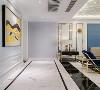 采用淡雅的空间色调结合几何线条 打造出一个法式轻奢主义的空间