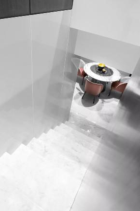简约 大平层 鹏友百年 基装 私人订制 全案设计 白领 小资 楼梯图片来自鹏友百年装饰在简约,才是设计的最高境界的分享