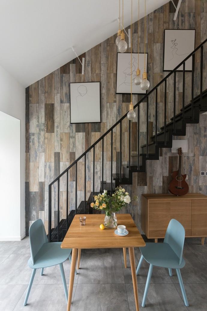 简约 欧式 田园 二居 三居 别墅 白领 旧房改造 北欧装修设 楼梯图片来自邯郸实创在邯郸装修公司135㎡设计效果图的分享