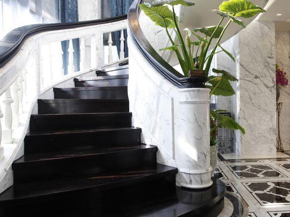 象屿鼎城 别墅装修 欧式古典 别墅设计师 楼梯图片来自孔继民在象屿鼎城别墅项目装修设计的分享