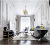 客厅古典的线条和当代家具搭配