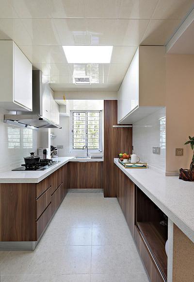 厨房图片来自家装大管家在淡然儒雅 110平新中式雅致3居室的分享