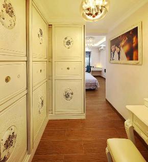 欧式 装修设计 大业美家 衣帽间图片来自大业美家 家居装饰在中冶德贤138㎡欧式装修设计案例的分享