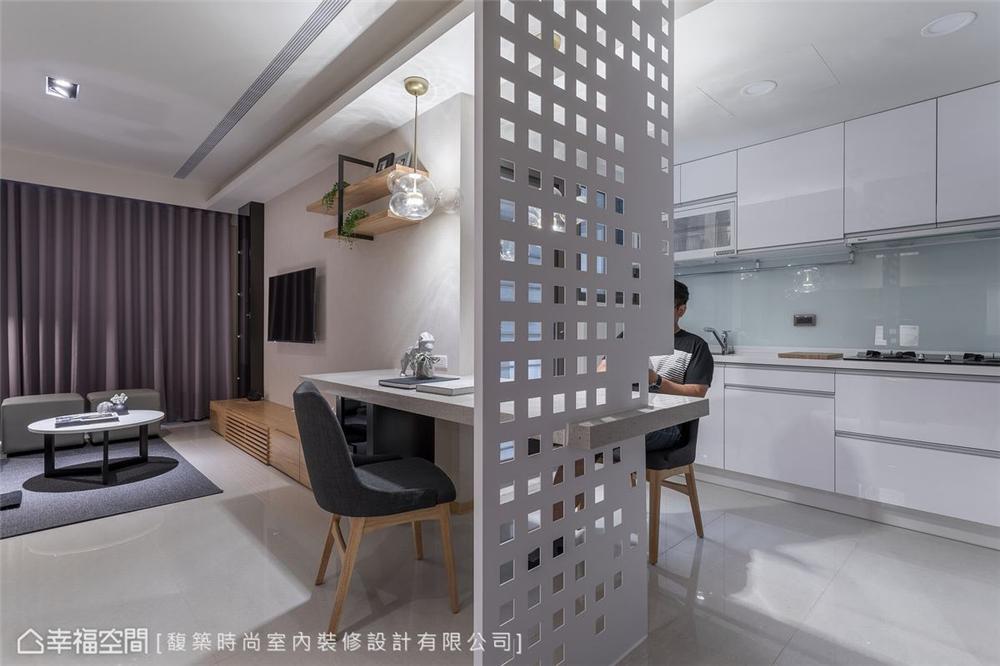 混搭 三居 装修设计 餐厅图片来自幸福空间在56平,拥抱 舒适居家生活的分享