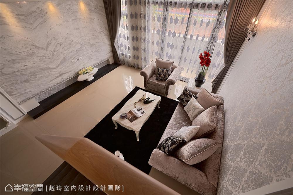 别墅 装修设计 新古典 混搭 客厅图片来自幸福空间在281平,时尚美型 新古典混搭的分享