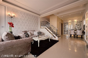 别墅 装修设计 新古典 混搭 楼梯图片来自幸福空间在281平,时尚美型 新古典混搭的分享