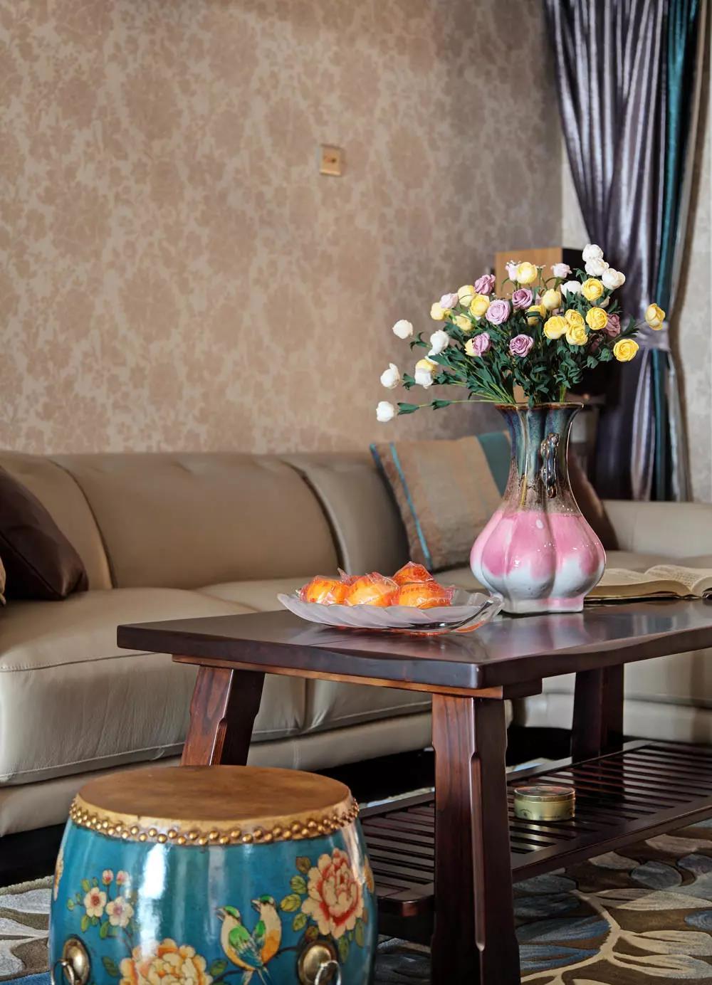新中式 设计案例 客厅图片来自大业美家 家居装饰在中冶德贤装修 ▏138㎡新中式设计的分享