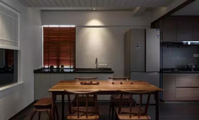 中式 国宾壹号 大业美家 家装设计 餐厅图片来自大业美家 家居装饰在天山国宾装修146简约中式3居的分享
