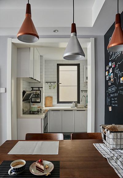 餐厅图片来自家装大管家在90平现代简约空间 气质优雅随性的分享