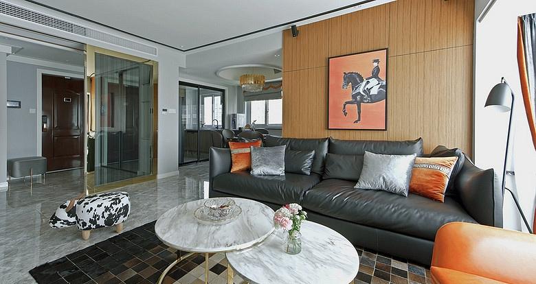 客厅图片来自家装大管家在浓郁鲜明 109平美式现代混搭3居的分享