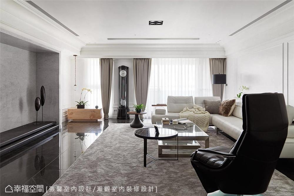 现代风格 装修设计 装修完成 客厅图片来自幸福空间在182平,582魔法  黑白灰个性宅的分享