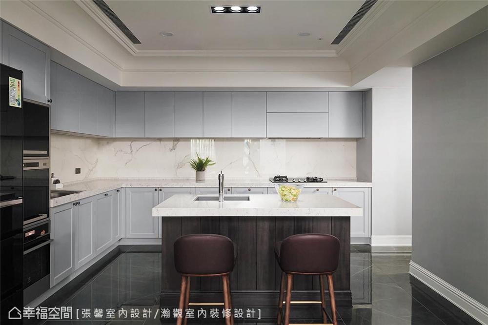 现代风格 装修设计 装修完成 厨房图片来自幸福空间在182平,582魔法  黑白灰个性宅的分享