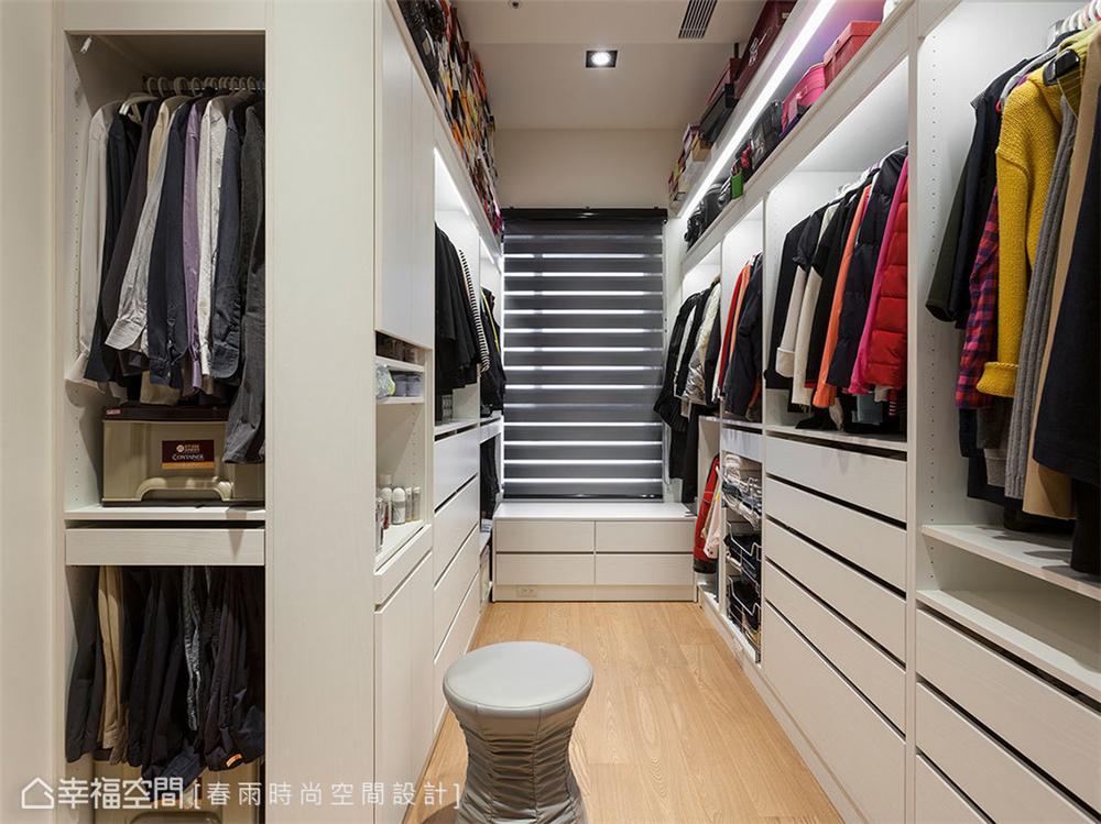 装修设计 装修完成 现代风格 衣帽间图片来自幸福空间在149平,异材质搭接 现代都会宅的分享