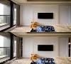 电视墙 主卧电视墙与衣柜门片的雕花板相互呼应,将新古典的华美元素围绕其中。