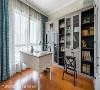 书房设计  柜体改以灰色系门板呈现,让空间不再依循常见的白色定律诠释,完工后深受业主喜爱与访者好评!