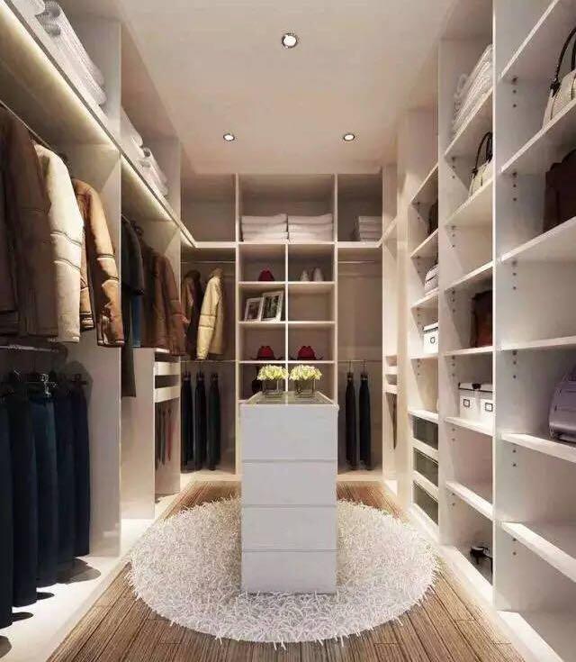 简约图片来自云南俊雅装饰工程有限公司在衣帽间的分享