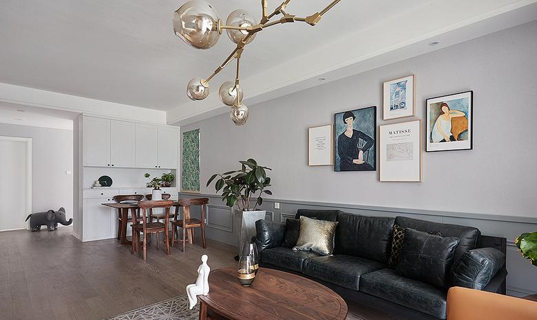 客厅图片来自家装大管家在舒适生活 115平现代混搭时尚3居的分享