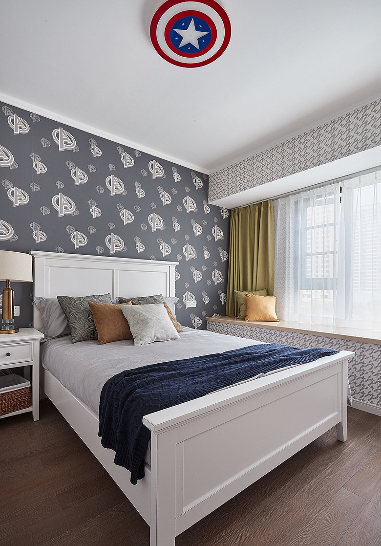 卧室图片来自家装大管家在舒适生活 115平现代混搭时尚3居的分享