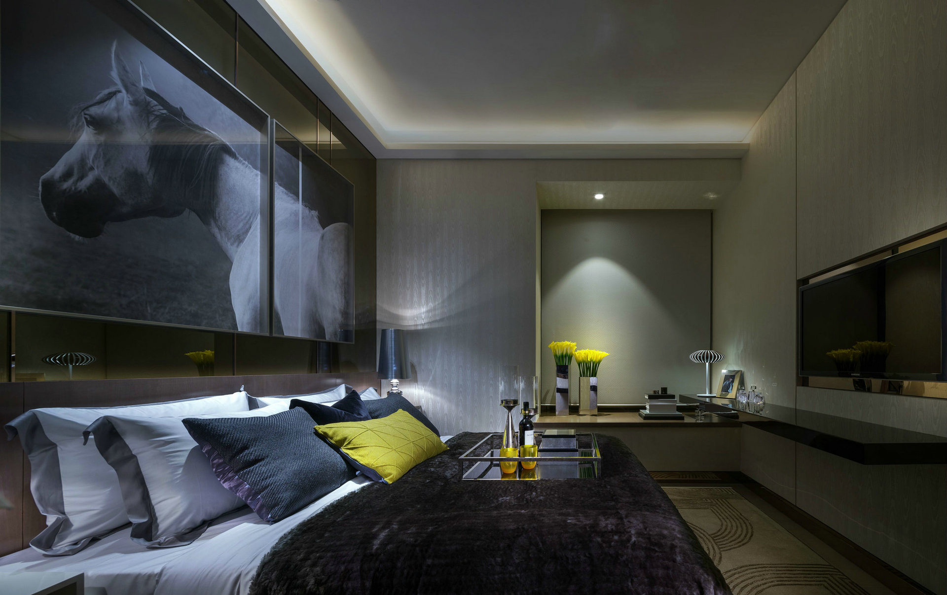 卧室图片来自西安紫苹果装饰工程有限公司在75平公寓的分享