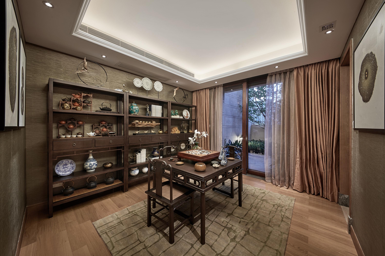 泗泾颐景园 别墅装修 中式风格 别墅设计师 餐厅图片来自腾龙设计在中式风格别墅设计案例展示的分享