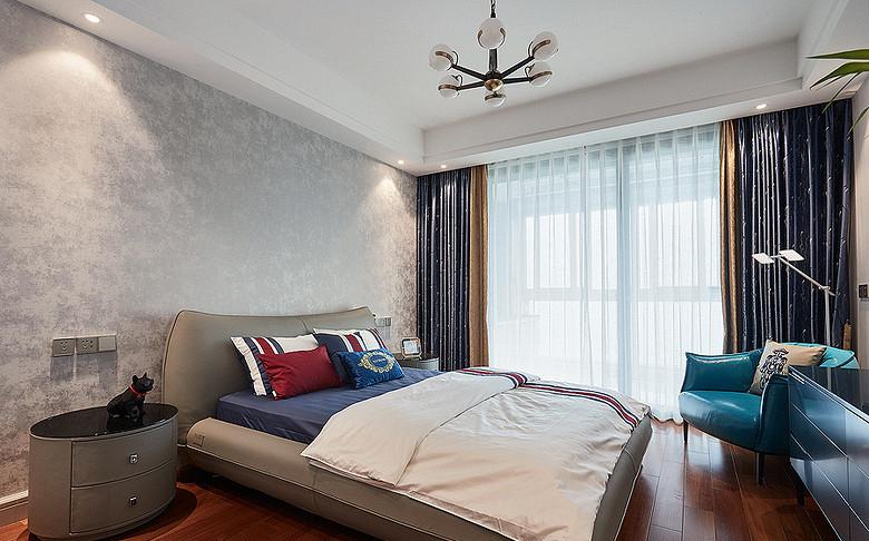 卧室图片来自家装大管家在都市新贵 190平轻奢后现代4居室的分享