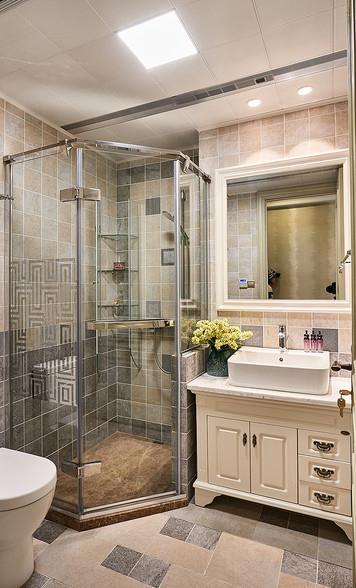 卫生间图片来自家装大管家在158平美式低奢3居 实用艺术并存的分享