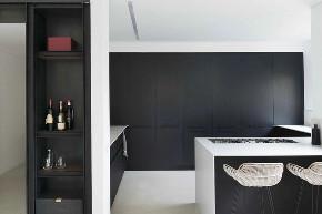 现代 黑色 简约 别墅 联排 半包 全案设计 全包 玄关图片来自鹏友百年装饰在高级黑的家,到底有多酷!的分享