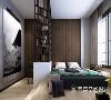 在卧室里,一道不规则的透明铁艺墙将其划分为卧室和书房两个区域,一房两用,休息与工作,转变是如此的自然。