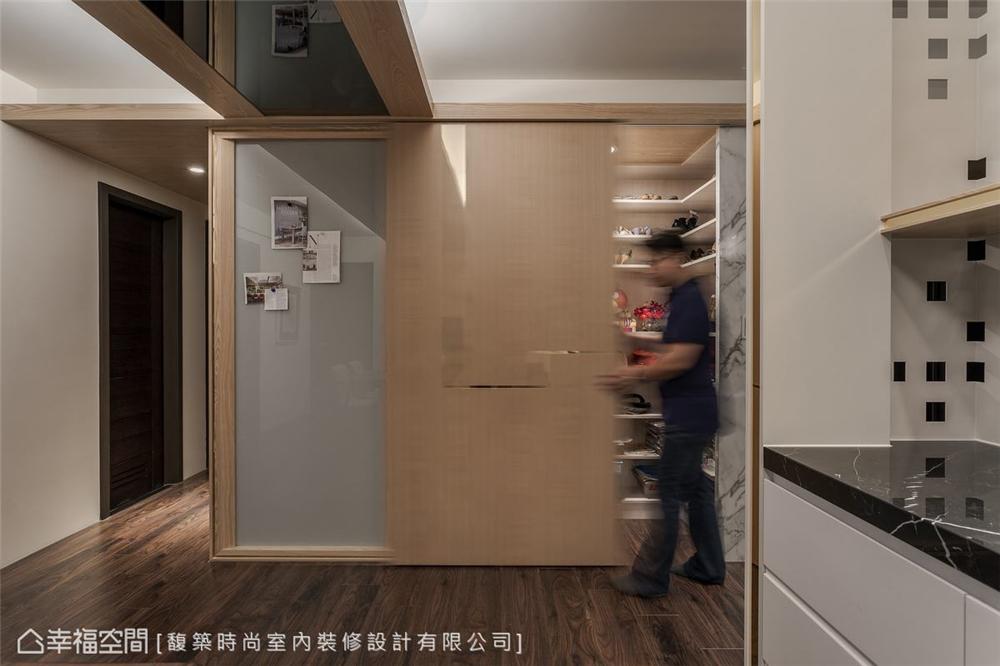 装修设计 装修完成 现代风格 其他图片来自幸福空间在198平,精致细节 悠闲时尚机能宅的分享