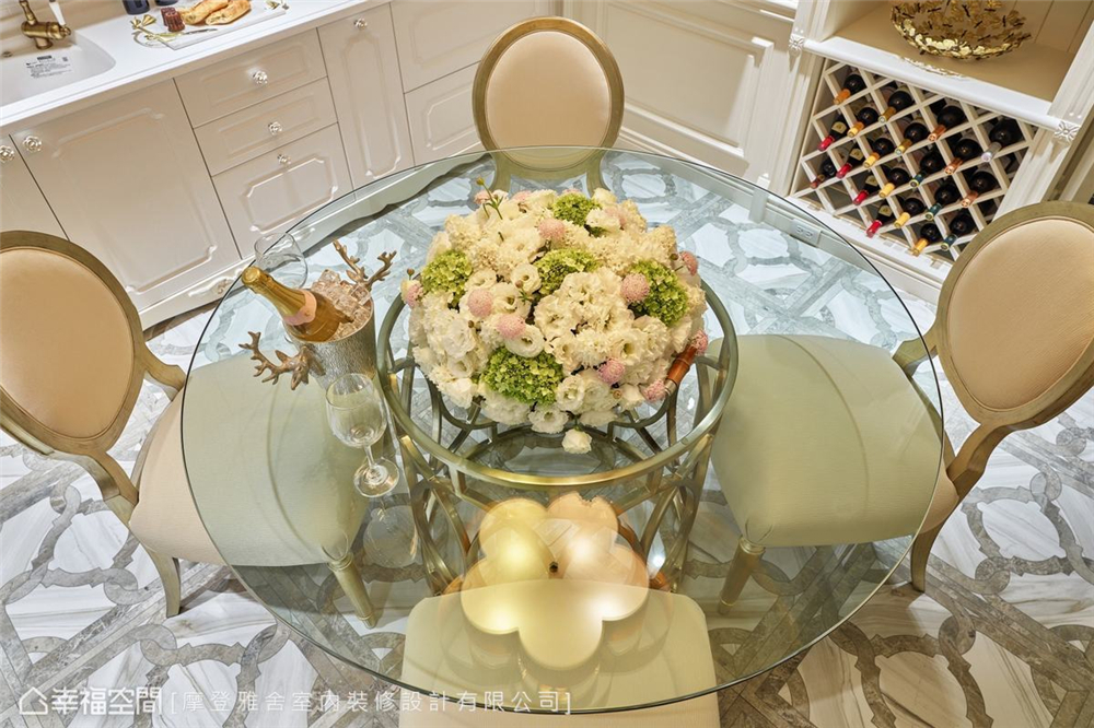 装修设计 装修完成 精品宅 新古典 餐厅图片来自幸福空间在93平,复古风巴黎时尚 精品宅的分享