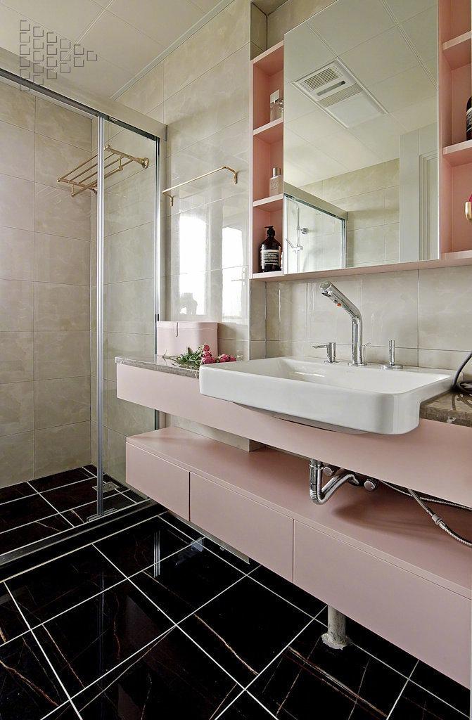 三居 卫生间图片来自云南俊雅装饰工程有限公司在紫香园1的分享