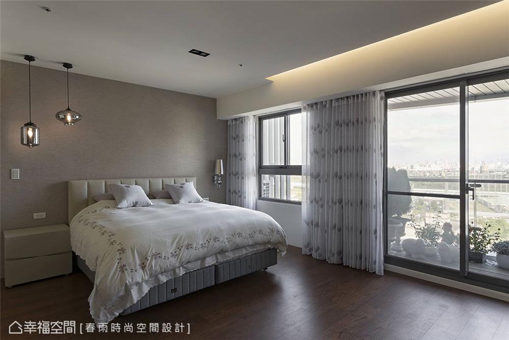 卧室图片来自幸福空间在198平,巧妙构思 客变规划三拼宅的分享