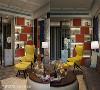 丰富的立体层次 人字拼地板带出力度,天花板立体不花俏,家具扶手线条与降低的靠背都相当优美,画面富有层次感。