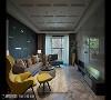客厅 侯荣元设计师大胆选用材质与色彩,实验性材质如沙发面灰蓝色背墙,采用防潮系统板材,运用横线条创造立体层次,在各角落钜细弥遗地打造精致的设计细节。