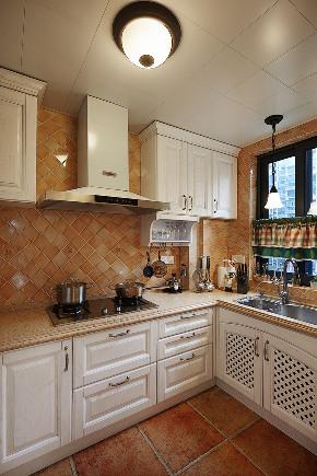 美式 二居 收纳 旧房改造 80后 厨房图片来自北京今朝装饰在重重美式的分享