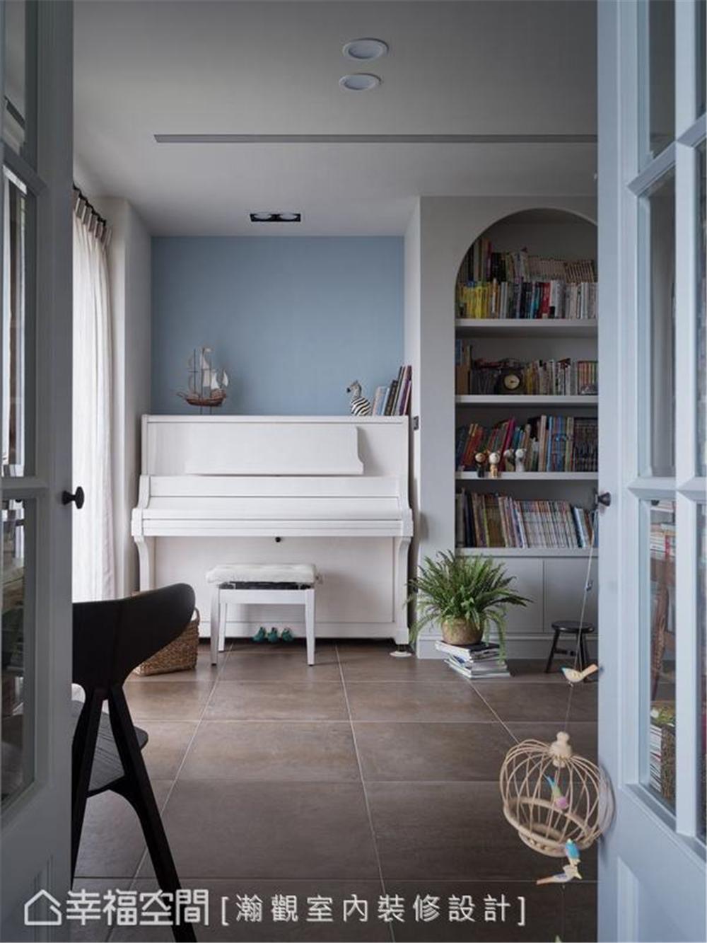 装修设计 装修完成 混搭 书房图片来自幸福空间在264平, 渲染独一无二的生活画布的分享