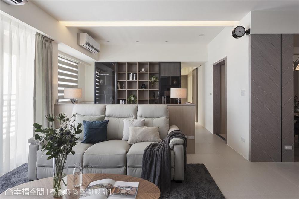 装修设计 装修完成 休闲多元 客厅图片来自幸福空间在109平 ,休闲风收纳机能宅的分享