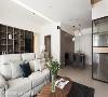 开放式空间 公领域结合了餐厅、客厅及书房三大空间,因此采用开放式设计减少隔间,使屋内各处皆得以享有宽阔感受。