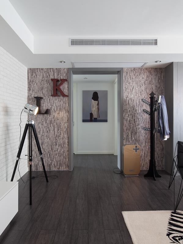 混搭 二居 旧房改造 衣帽间图片来自北京今朝装饰在混搭风格的分享