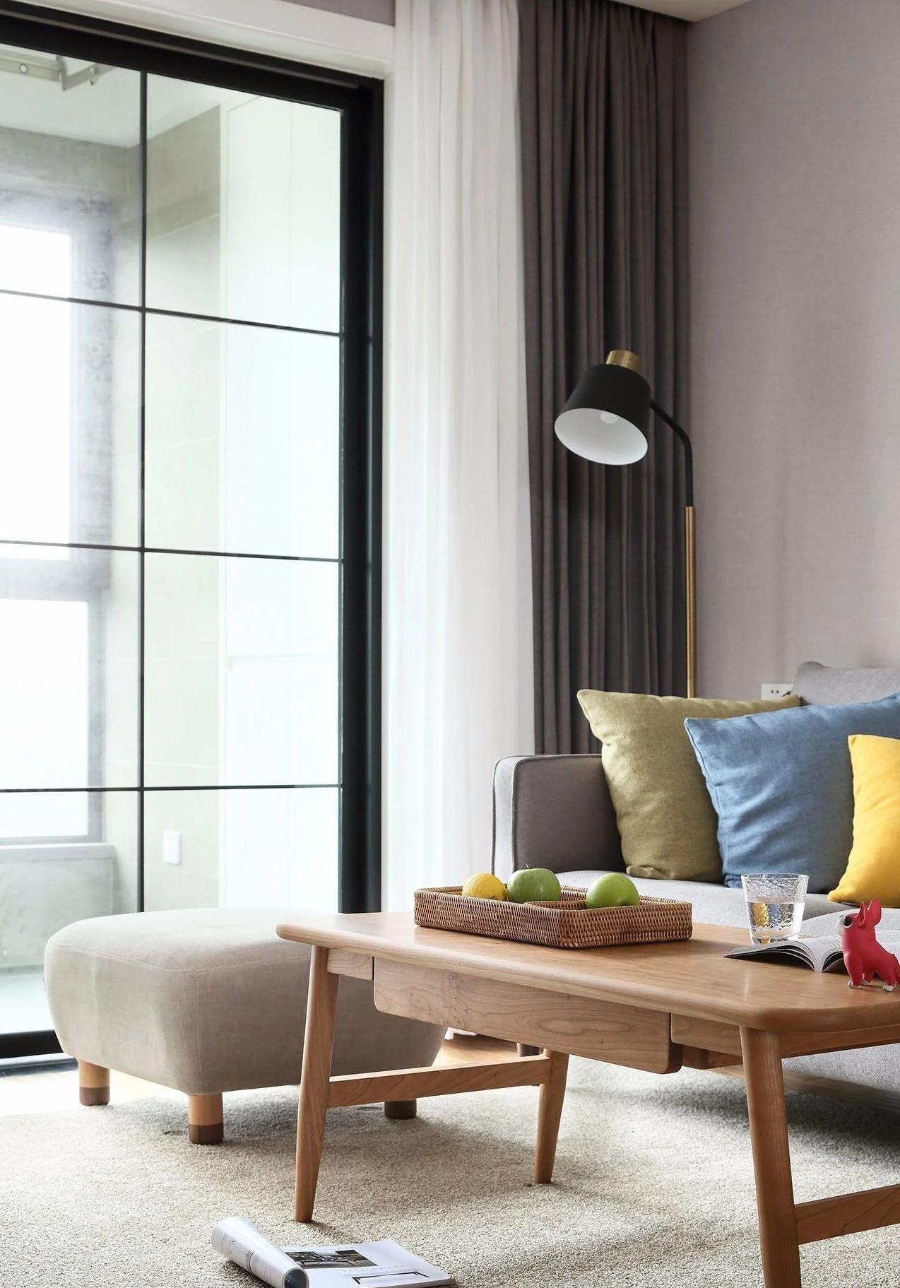 简约 现代 混搭 江北 鹏友百年 半包 基装 全案设计 家装 客厅图片来自鹏友百年装饰在现代简约三室 灰调木色自然空间的分享