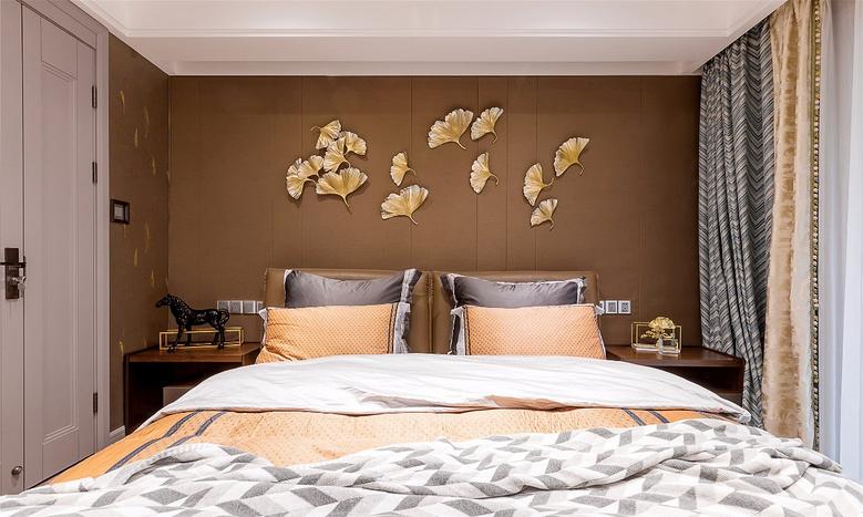 卧室图片来自家装大管家在轻奢淡雅 127平现代雅致时尚3居的分享